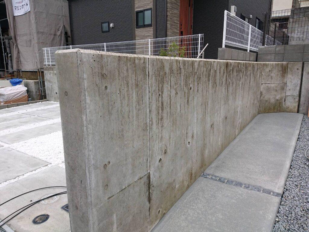 コンクリート擁壁の洗浄